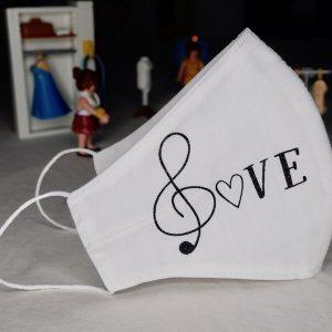 Mascarilla notas musicales, pentagrama y Love